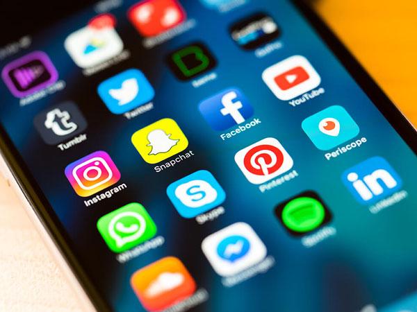 Tak Hanya WhatsApp, Konten GIF Porno Juga Ada di Beberapa Media Sosial