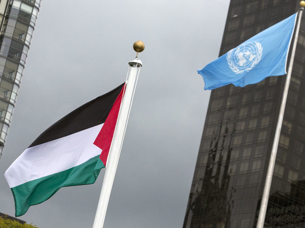 Ukir Sejarah, Bendera Palestina Akhirnya Berkibar di Gedung PBB