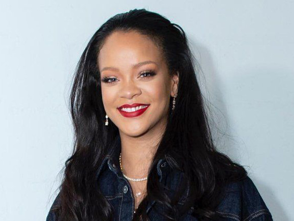 Viral, Gadis Kecil Mirip Rihanna yang Bikin Kaget Sang Penyanyi