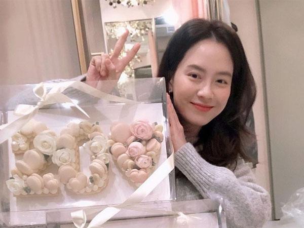 Rayakan Anniversary Debut ke-20, Song Ji Hyo Ucapkan Terima Kasih kepada Fans