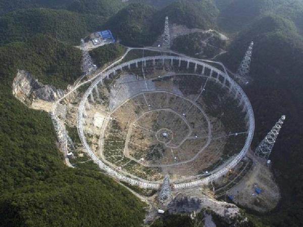 Memiliki Ukuran 30 Kali Lapangan Sepakbola, Cina Akan Bangun Teleskop Terbesar