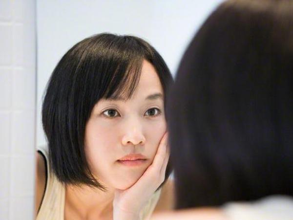 Mudah Bermasalah, Yuk Simak Tips Dasar Perawatan Kulit Sensitif