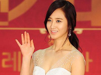 Susul Soo Young, Yuri SNSD Akan Kembali Berakting!