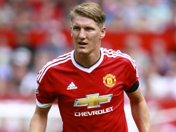 Miris, Bastian Schweinsteiger Ditawari Bayaran Tinggi untuk Tinggalkan Manchester United