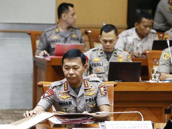 Mulai Baju Dikeluarin Sampai Polisi Buncit Jadi Bahasan Rapat Kapolri-DPR Komisi III