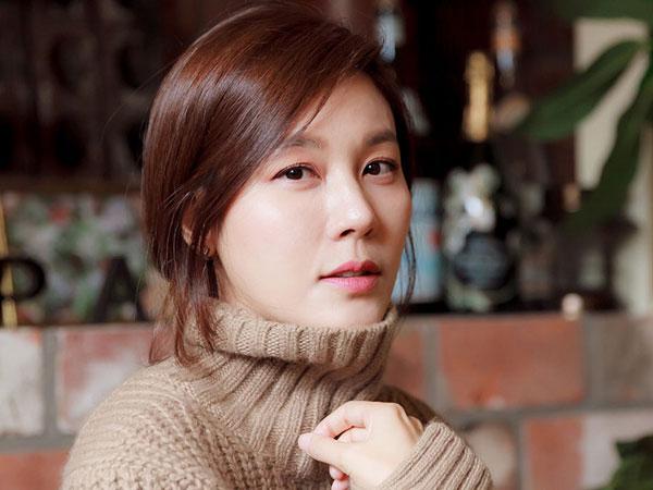 Hamil Anak Pertama, Kim Ha Neul Mundur Jadi MC 'Busan International Film Festival'