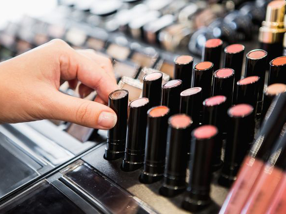 Dapat Sebabkan Beragam Penyakit, Ini Cara Yang Aman Pakai Tester Make-Up