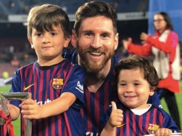 Barcelona Kebobolan, Lucunya Anak Lionel Messi Malah Ikut Merayakan Gol Lawan