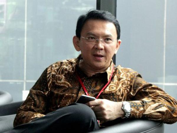 Ahok Resmi Maju Pilkada Lewat Jalur Parpol, #BalikinKTPGue Jadi Trending Topic Indonesia