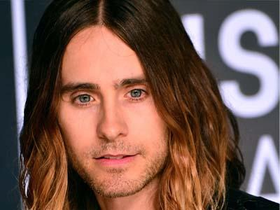Jadi Transgender di 'Dallas Buyers Club', Jared Leto Bawa Pulang Piala Oscar!