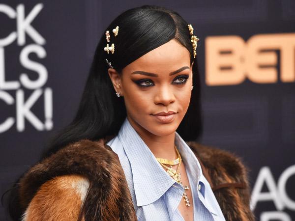 Unggah Meme di Instagram, Rihanna Sindir Para Mantannya?