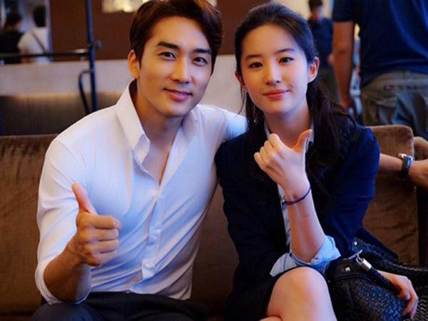 Liu Yifei Cemburu Lihat Song Seung Hun Dipeluk Oleh Fans Wanita