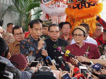 Balik Dituduh Gunakan Jasa Konsultan Asing, Jokowi: He He Enggak Perlu Dijawab