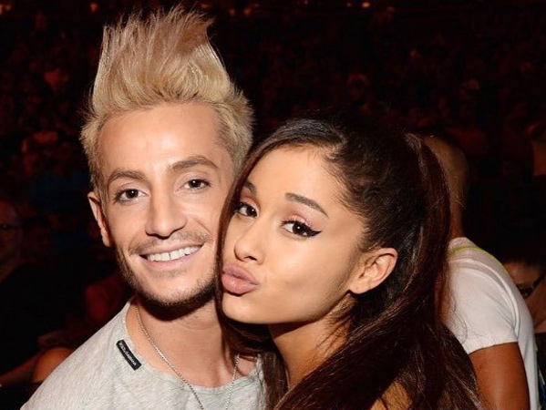 Fans Jadi Heboh, Sang Kakak Ungkap Hubungan Ariana Grande dan Mikey Foster Sebenarnya
