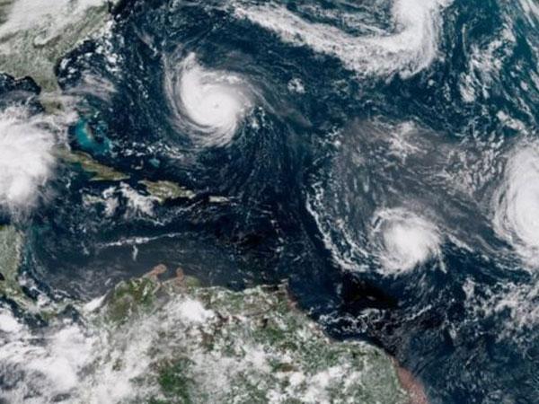 Badai Florence Akan Hantam Amerika, Berpotensi Bawa Racun Mematikan