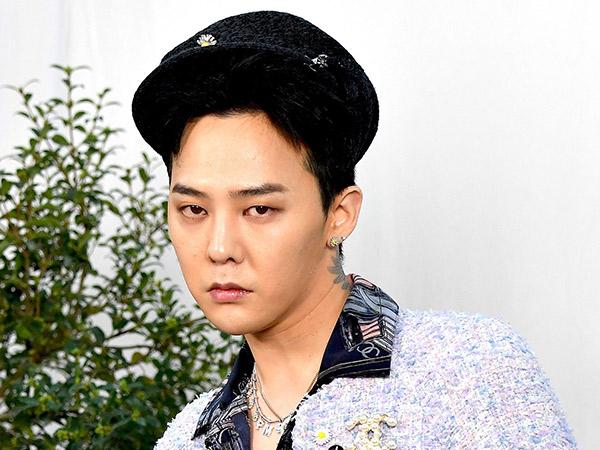 Gaya G-Dragon Pakai 'Outfit Cewek' di Acara Chanel Kembali Jadi Sorotan