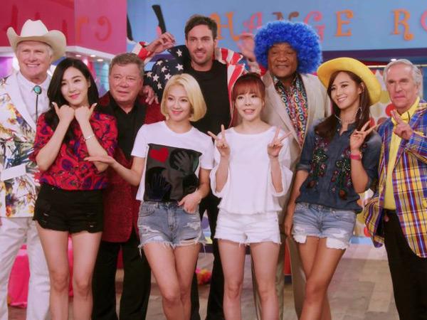 Serunya SNSD dan Para Kakek 'Grandpa Over Flowers' Versi Amerika Saat Reka Ulang MV 'Gee'