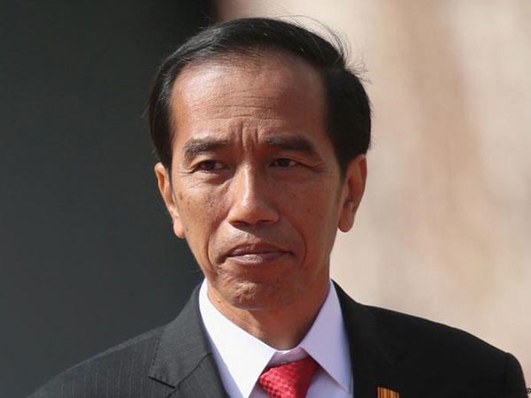 Kata Jokowi Soal Adik Iparnya yang Tersangkut Kasus Suap Pajak