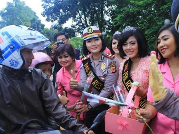 Dari KPK Hingga 'Kartini Flight', Ini Cara Masyarakat Indonesia Rayakan Hari Kartini