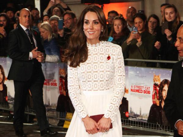 Rahasia Mengejutkan Mengapa Kate Middleton Selalu Bawa Clutch Bag