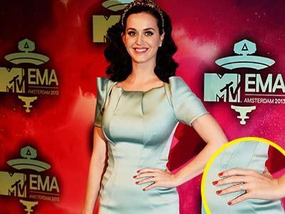 Pakai Cincin di Jari Manis, Katy Perry Dilamar John Mayer?