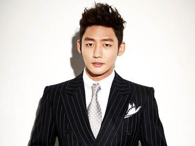 Wow, Aktor Lee Tae Sung Umumkan Pernikahan Sekaligus Wajib Militer!
