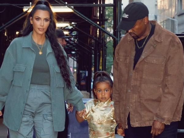 Kanye West 'Marahi' Kim Kadarshian Karena Biarkan North Memakai Make-Up di Usia Dini