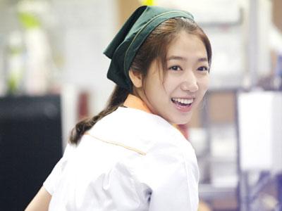 Wah, Park Shin Hye Di Perebutkan Perusahaan Drama Cina!