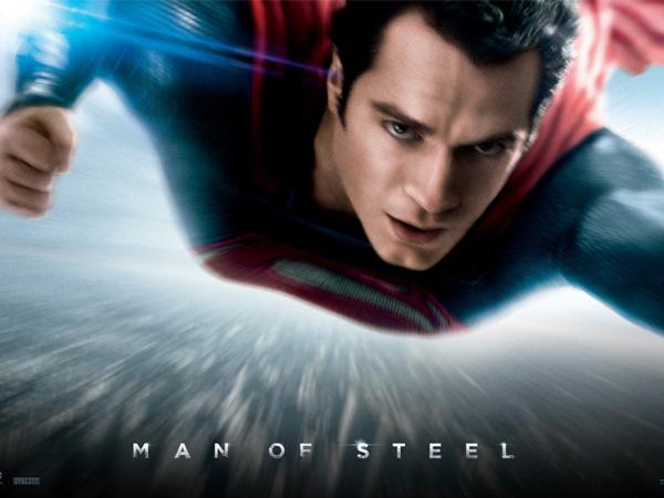 Tampil Gagah, Superman Pamer Kostum Baru di 'Superman v Batman'!