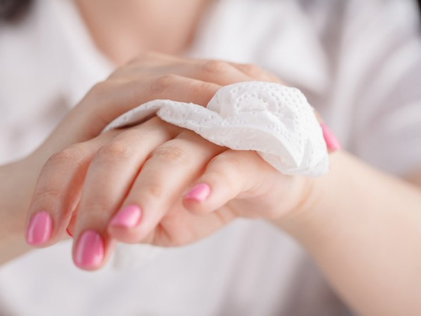 Mengeringkan Tangan Setelah Mencuci Tangan Dapat Cegah Penyebaran Virus Corona, Kok Bisa?