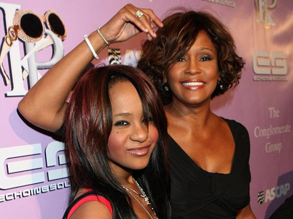 Bagaimana Nasib Warisan Rp. 269 M dari Whitney Houston Begitu Puterinya Meninggal?