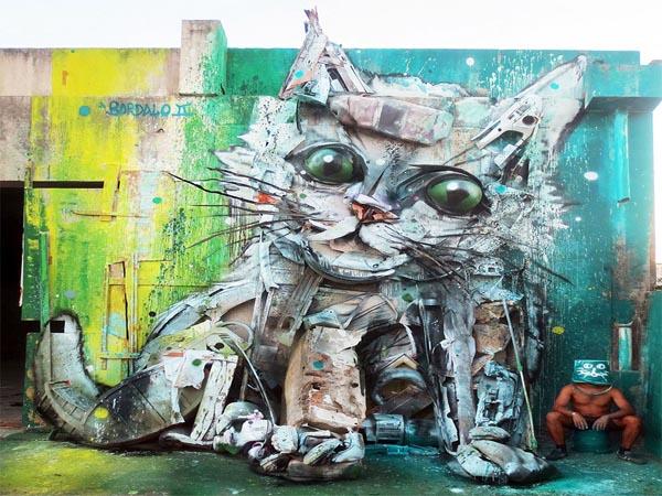 Manfaatkan Limbah, Seniman Ini Ubah Sampah Jadi Patung Hewan Keren!