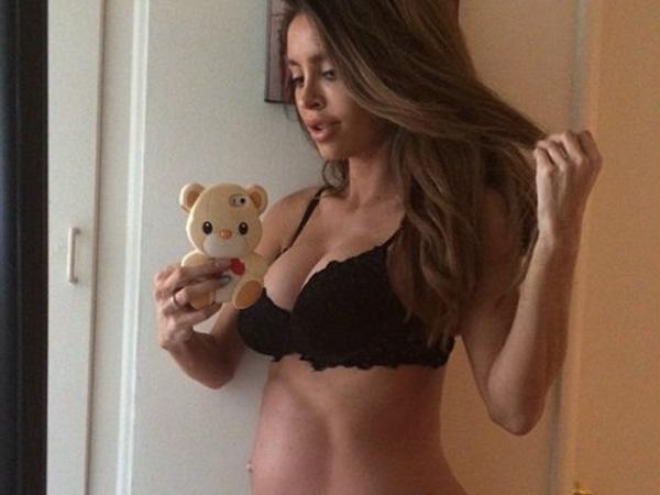 Perut Rata Hamil 8 Bulan Akhirnya Lahirkan Bayinya Model Normal