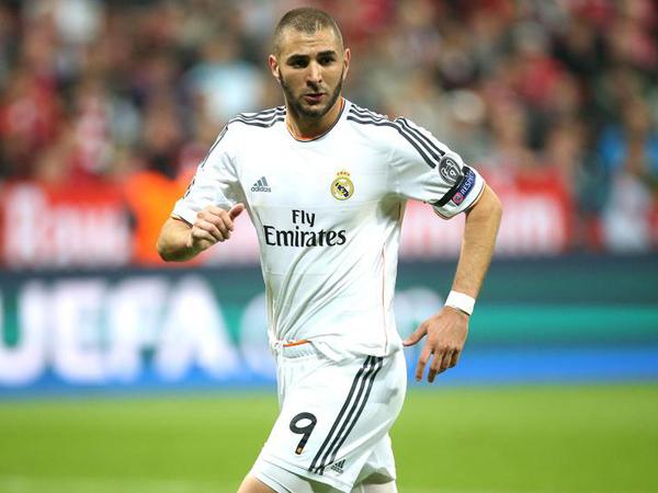Tinggal Real Madrid Untuk Gabung Arsenal, Benzema Dapat No.9?