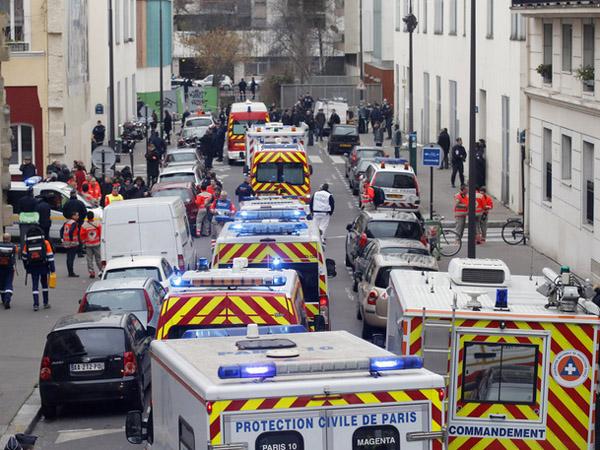 Muslim Perancis Kecam Penyerangan Maut di Kantor Majalah Charlie Hebdo