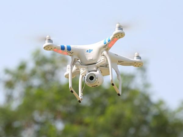 Pemerintah Indonesia Buat Peraturan untuk Terbangkan Drone