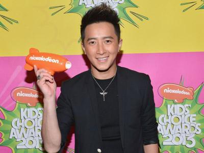 Hangeng Eks Super Junior Jadi Artis Asia Pertama yang Berkunjung ke Antariksa!