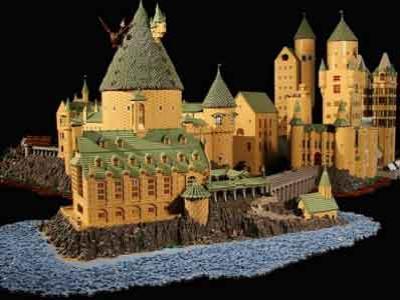 Wow, Fans Harry Potter Bangun Hogwarts dari Lego