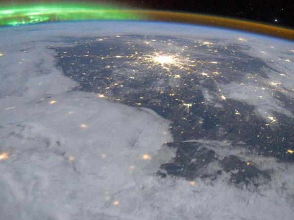 Perubahan Medan Magnet Kutub Bumi yang Buat Para Ilmuwan Panik
