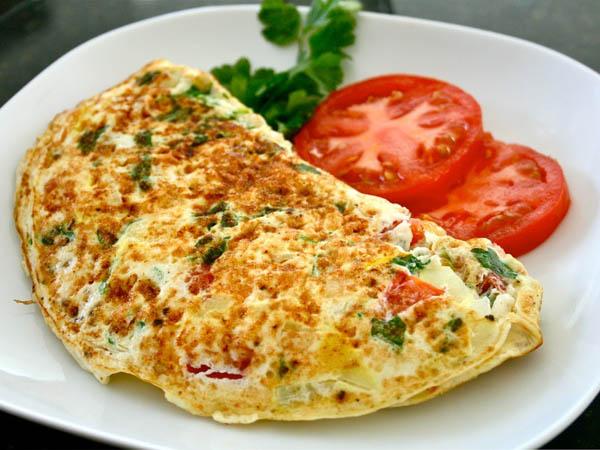 Sering Malas Membuat Sarapan? Coba Menu Mudah Membuat Omelette