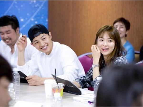 Intip Suasana Sesi Baca Skrip Drama Baru Song Joong Ki dan Song Hye Kyo