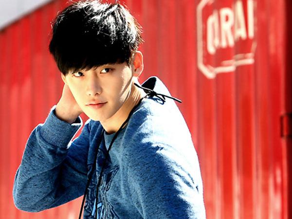 Wah, Lee Jong Suk Tampil Versi Gondrong Dalam Trailer 'Pinocchio'!
