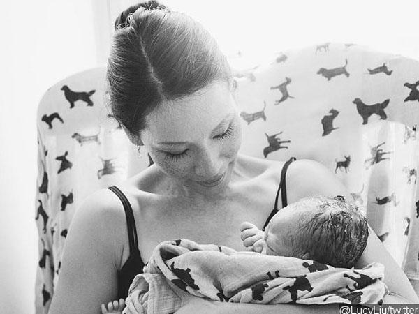 Lucy Liu 'Charlies Angels' Umumkan Kelahiran Anak Pertamanya Melalui Rahim Wanita Lain