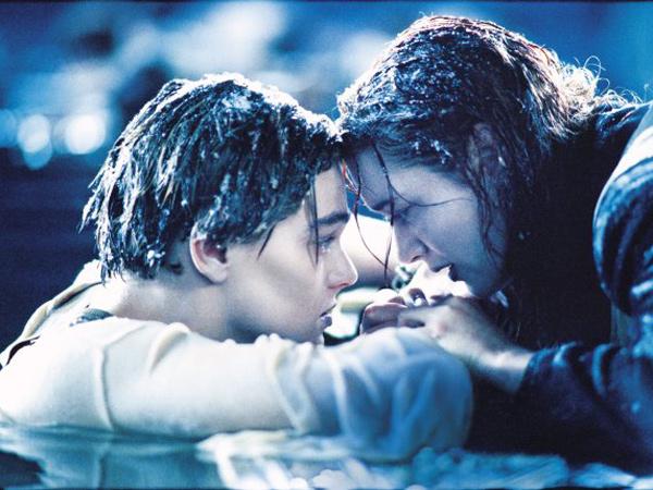 Setelah Kate Winslet, Leonardo DiCaprio Akhirnya Komentari Ending Scene 'Titanic' yang Bikin Gemas