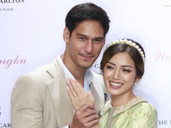 Jessica Iskandar-Richard Kyle Gelar Pertunangan Mewah, Rencana Menikah Tahun Depan!