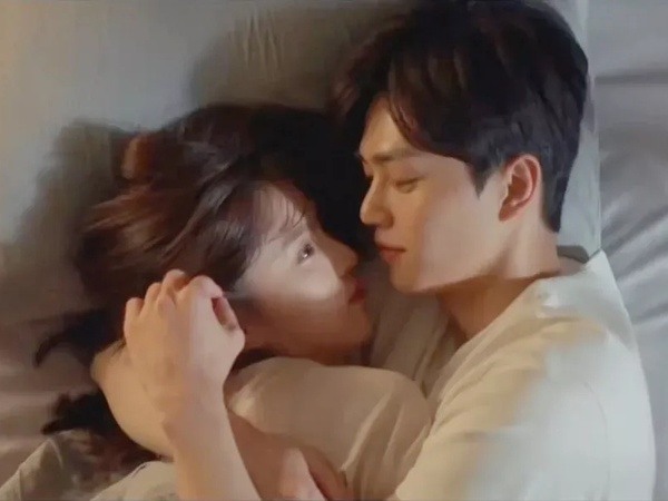 Makin Mesra, Han So Hee Ragukan Cinta Song Kang