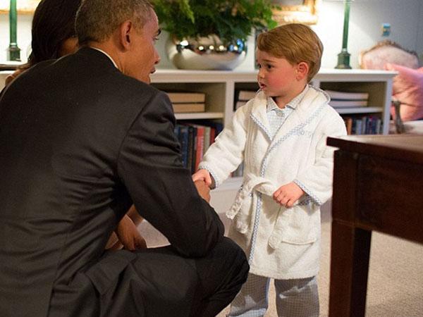 Wow, Piyama Pangeran George Saat Sambut Presiden Obama Habis Terjual dalam Hitungan Hari!