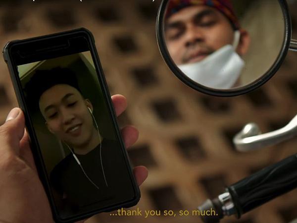 Rilis Video Musik 'Bali' Versi Indonesia, Rich Brian Bagi-Bagi Uang