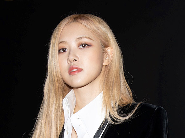Rose BLACKPINK Jadi Global Ambassador Yves Saint Laurent