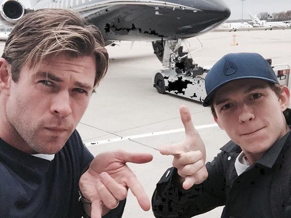 Heboh Christian Hemsworth dan Tom Holland Berkunjung ke Bali